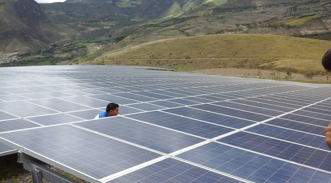 Technical tour in Paragachi Photovoltaic station/ Visita tecnica a central fotovoltaica Paragachi